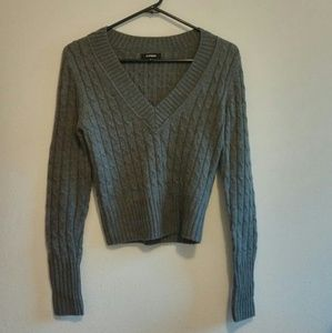 🚺Express Cable Knit V Neck Sweater Size S